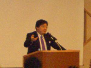 日本の政治システムを経済面から分かりやすく解説した池田健三郎氏